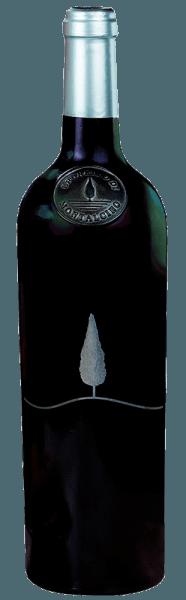 De Brunello di Montalcino van Casale del Bosco wordt twee jaar in houten vaten bewaard (deels in grote vaten van Sloveens eiken, deels in kleine vaten van Frans eiken) en wordt pas na vier jaar vrijgegeven voor de verkoop. Het landgoed werd al in 1951 door de familie Nardi gekocht. Later behoorden zij tot de stichtende leden van het Consortium ter Bescherming van Brunello en tot de eerste bottelaars van deze beroemde Toscaanse rode wijn. Deze Brunello maakt indruk met zijn intense robijnrode kleur. De rode wijn is rijk en kruidig, harmonieus in de mond en laat een zachte noot van wilde bessen en hints van vanille en citrus achter. Serveertip / Combinatie met eten De Brunello di Montalcino van Casale del Boscoharmonieert perfect met rundvleesfilet, wild en sterke kazen.