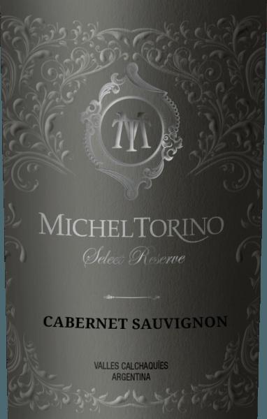 DeSelect Reserve Cabernet Sauvignon van Michel Torino schittert in een levendig robijnrood met violette reflecties. Het bouquet onthult kruidige aroma's van paprika, versgemalen peper en nuances van rook en tabak. Het gehemelte wordt verwend door een elegant, vol karakter met tonen van donker bessenfruit, sappige kersen en witte peper. Deze Argentijnse rode wijn overtuigt door zijn fascinerende complexiteit en zijn rijpe tanninestructuur. Vinificatie van de Torino Cabernet Sauvignon Select Reserve De Cabernet Sauvignon druiven worden in april zorgvuldig met de hand geoogst. Deze rode wijn uit Salta krijgt zijn rokerige aroma's en tabakstonen met name door de rijping in barriques. In totaal wordt 70% van de Don David Cabernet Sauvignon op hout gerijpt. Hiervan rijpt 60% in Amerikaans eiken en 40% in Frans eiken. Spijsadvies voor de Select Reserve Cabernet Sauvignon Torino Deze droge rode wijn is een prima begeleider van mediterrane hors d'oeuvres, zoals tomatensoep alla caprese, gebraden speenvarken met venkel-rozemarijngroenten of ook van stevige kaasspecialiteiten. Onderscheidingen voor de Cabernet Sauvignon Torino Select Reserve Robert M. Parker. 87 punten voor 2015 Frankfurt Winetrophy: Zilveren medaille voor 2015
