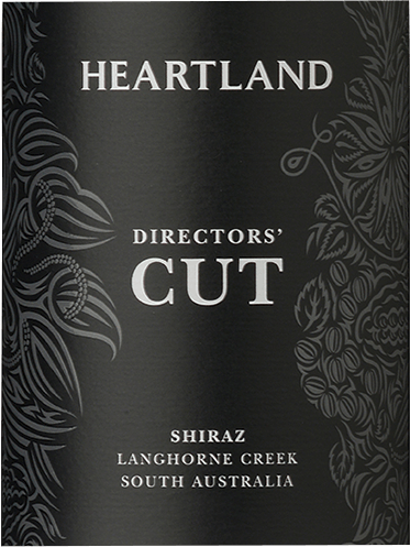 The enormous deep dark purple colour of Heartland Wines' Heartland Director's Cut Shiraz already indicates the concentration of its aromas and flavours. Dark cherries, blueberries and blackberries dominate the nose, refined by undertones of dark liquorice and pepper. A delicate, dense and varied olfactory profile emerges. The palate of the Heartland Director's Cut Langhorne Creek Shiraz is dominated by a velvety smooth character and a taste reminiscent of berry compote enriched with cedar and chocolate and a fleeting hint of spices such as clove and black cumin. This Shiraz is famous for its balance, attitude and density. Food recommendation for the Director's Cut Shiraz from Heartland Wines We recommend the Director's Cut Shiraz with strong ragouts, grilled and roasted meat (beef, game) and cheese. The varietal Shiraz is the flagship of the winery. As with films, the Director's Cut is considered the final version without compromise. Awards for the Director's Cut Shiraz James Halliday: 91 points for 2016
