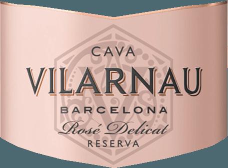 DeCava Brut Reserva Rosado uit Vilarnau in het Spaanse wijngebied Catalonië is gevinifieerd van de druivenrassen Trepat (85%) en Pinot Noir (15%) - een heerlijk elegante en sappige Cava. In het glas schittert deze mousserende wijn in een helder frambozenroze met roze tinten. De perlage stijgt op in fijne, aanhoudende parelslierten. Het krachtige bouquet wordt gedomineerd door rijp rood fruit - met name aalbes, framboos en kersen. In de mond komt ook de heerlijk sappige fruitrijkdom tot uiting, vergezeld van hints van brioche. Het evenwicht tussen de zeer discrete zoetheid en de frisse zuurgraad is perfect in evenwicht. Vinificatie van deVilarnauCava Brut Reserva Rosado Barcelona De oogst van de druiven (Trepat en Pinot Noir) begint in september. Zodra de druiven in de wijnmakerij van Vilarnau zijn aangekomen, wordt de most eerst in roestvrijstalen tanks vergist. Dan begint de tweede, traditionele gisting op fles. Deze wijn rijpt minstens 9 maanden in de fles. Uiteindelijk wordt deze Cava gedegorgeerd en kan hij de wijnmakerij van Vilarnau verlaten. Spijsaanbeveling voor de Barcelona Rosado Brut Reserva Cava Vilarnau Deze mousserende wijn uit Spanje is een heerlijk verfrissend aperitief. Of serveer deze Cava met pittige tapasvariaties en Italiaanse pizzaklassiekers.