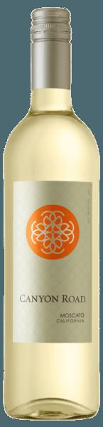 De Moscato van Canyon Road onthult zich in een delicaat geel in het glas en ontvouwt zijn adembenemende bouquet met de aroma's van wit fruit, meloenen en peren, maar ook van witte bloemen. Deze Californische witte wijn is zacht en rond in de mond met een drinkbare restzoetheid. Voedingsadvies voor de Moscato van Canyon Road Geniet van deze zoete witte wijn bij pittige Aziatische voorgerechten, pittige kip met kerrierijst of aardbeiencake.