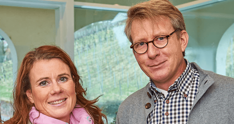 The winegrowing couple Sabine and Johannes Eser
