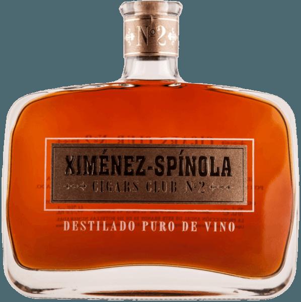 De Cigars Club No. 2 van Ximénez-Spinola toont zich in het glas amberkleurig met robijnrode reflecties, terwijl het een milde aromatische intensiteit ontvouwt, die in vervoering brengt met de aroma's van rozijnen en pruimen. Deze Spaanse brandewijn rijpte in Amerikaanse eiken vaten en is in de mond aanwezig met een aanhoudende houttoets. Sigarenaanbeveling voor de Cigars Club No. 2 van Ximénez-Spinola Flor De Cano Selectos Flor De Cano Petit Coronas H. Upmann nr. 2 H. Upmann Magnum 50 / Magnum 46 H. Upmann Sir Winston H. Upmann Petit Coronas / Halve Corona H. Upmann Coronas Junior Tubo / Major Tubo H. Upmann fijnproevers La Gloria Cubana Medaille D'Or Nº1 / Nº2 / Nº3 / Nº4 Montecristo Open Punch Punch Punch Petit Coronas / Kroningen Quintero Favoritos Quintero Breva Quintero Londres Extra Romeo Y Julieta Romeo Y Julieta Churchills Romeo Y Julieta Kort / Petit / Breed Churchills Romeo Y Julieta Belicosos Romeo Y Julieta Exhibición Nº3 Romeo Y Julieta Cazadores Romeo Y Julieta Cedros De Luxe Nº2 Coronas Romeo Y Julieta Cedros De Luxe Nº3 Petit Coronas Romeo Y Julieta Romeo Nº1 / Nº2 / Nº3 Tubos Romeo Y Julieta Coronitas En Cedro Romeo Y Julieta Petit Princess Romeo Y Julieta Julieta / Pettit Julieta Sancho Panza Belicosos Sancho Panza Sanchos Sancho Panza Coronas Gigantes Sancho Panza Molinos Sancho Panza Non Plus Trinidad Robustos Extra Trinidad Coloniales Trinidad Fundadores Trinidad Reyes Cohiba 1492