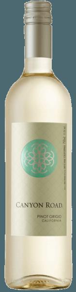 Canyon Road's Pinot Grigio heeft een bleek platina gele kleur in het glas en ontvouwt frisse aroma's van appels en citrus. Deze Californische witte wijn verleidt met zijn aangename spel van zoetheid en zuurheid. In de mond is deze Pinot Grigio sappig en verfrissend. Spijsadvies voor de Pinot Grigio van Canyon Road Geniet van deze off-dry witte wijn met risotto, gegratineerde vis, courgette feta spiesjes of kip wraps.