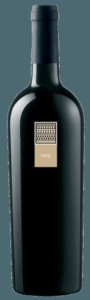 De Opale Bianco Vermentino di Sardegna DOC van MESA presenteert zich in een prachtig goudgeel in het glas. De Opale bekoort met aroma's van rijp fruit, bloemige noten van jasmijn en hints van zoete vanille en delicaat smeltende toffee. In de mond toont hij zich elegant met een hartig-frisse smaak, die uitmondt in een aangenaam lange, zeer evenwichtige afdronk.