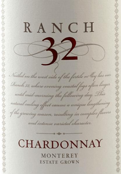 De Ranch 32 Chardonnay van Scheid Vineyards schittert in een helder goudgeel. Het expressieve bouquet presenteert zich met heerlijke aroma's van Granny Smith appels en vers gesneden limoen - deze frisse indruk wordt gecompleteerd door nuances van nootmuskaat en bourbon vanille. Het gehemelte geniet ook van de verscheidenheid aan aroma's uit het bouquet. De afdronk van deze Californische witte wijn is onvergetelijk harmonieus en lang. Spijs aanbeveling voor de Scheid Vineyards Ranch 32 Chardonnay Geniet van deze Californische witte wijn bij een fijne asperge-roomsoep, gegrilde vis met citroenkruidensaus of ook bij parelhoen met gestoofde groenten.