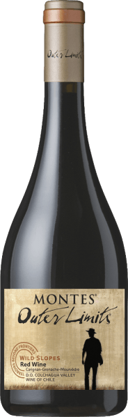 De Montes Outer Limits CGM is een prachtige rode wijn cuvée van de druivensoortenCarignan (50%), Grenache (30%) en Mourvèdre (20%). De druiven voor deze wijn groeien in het Chileense wijnbouwgebiedValle de Colchagua. In het glas glanst deze rode wijn met een schitterende robijnrode kleur. Het bouquet omringt de neus met aroma's van rijpe wilde bessen, sappige bosbessen en verse kersen. Daarnaast de fijnste nuances van vijgen en kaneel met subtiele houttonen op de achtergrond. Ook fijne gedroogde specerijen, zoals tijm onderstrepen vakkundig het fruitige bouquet. In de mond overtuigt deze rode wijn met een elegant zijdeachtig karakter, zacht gerijpte tannines en een medium body. De volheid van het fruit harmonieert wonderwel met de sappige zuurgraad en de fijne kruidigheid. Deze Chileense witte wijn sluit af met een lange en evenwichtige afdronk met een mooie frisheid. Vinificatie van de Buitengrenzen CGM De druiven worden eind maart met de hand geplukt in de Valle de Colchagua voor deze Chileense rode wijn. De wijnstokken groeien op terrassen en steile hellingen tot 55 graden. Na de zorgvuldige oogst worden de druiven in de wijnmakerij van Montes zorgvuldig geselecteerd en per druivensoort apart vergist. Na de gisting wordt 40% van deze wijn gedurende 12 maanden gerijpt in Franse eiken vaten (100% nieuw hout). De overige 60% blijft rusten in roestvrijstalen tanks. Na de rijping worden de druivensoorten samengevoegd tot de uiteindelijke blend en gebotteld. Deze rode wijn rust wat langer op de fles voordat hij de kelder verlaat. Voedingsadvies voor de CGM van Montes Outer Limits Deze droge rode wijn uit Chili harmonieert uitstekend met alle gerechten met lams- of rundvlees. Deze rode wijn wordt ook aanbevolen bij belegen kaas, eend of speenvarken. Onderscheidingen voor de Montes Outer Limits CGM Robert M. Parker - Wine Advocate: 92 punten voor 2016