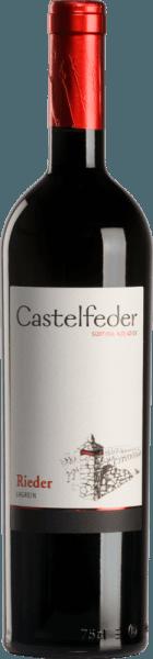 De Lagrein Rieder van Castelfeder is een prachtige, single-vineyard wijn die straalt in het glas met een intense robijnrode kleur. Het brede, veelgelaagde, karakteristieke bouquet ademt de onmiskenbare geur van wilde bessen en viooltjes. In de mond ontvouwt zich een warme, aanhoudende, harmonieuze sensatie. De fluweelzachte ronde afdronk wordt ondersteund door fijnkorrelige tannines en een aantrekkelijke zuurgraad. Spijsaanbeveling voor de Lagrein Rieder van Castelfeder Wij raden deze droge rode wijn uit Italië aan bij stevige gerechten, gebraad en wildgerechten en bij pittige kazen.
