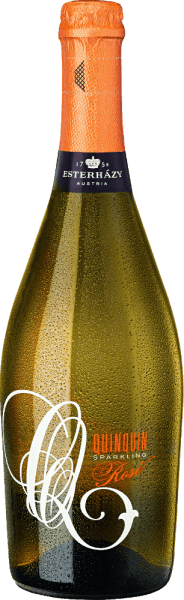 DeQuinQuin Sparkling Rosé uit Esterházy in de Oostenrijkse wijnstreek Burgenland is een verfrissende, lichte en elegante mousserende wijn. In het glas presenteert deze wijn zich in een stralend delicaat zalmroze. Het perlage komt aan de oppervlakte in zeer fijne parelslierten, die een filigraan pétillant vormen. De neus onthult heerlijke aroma's van sappige bessen - vooral bramen - aangevuld met rijpe pruimen en florale accenten van vlierbes. In de mond presenteert deze Oostenrijkse mousserende wijn zich met een finesse-rijk karakter dat barst van elegantie en lichtheid. Spijsadvies voor de EsterhazySparkling RoséQuinQuin Deze mousserende wijn uit Oostenrijk is een heerlijk verfrissend aperitief als hij goed gekoeld is. Maar deze wijn is ook een genot bij lichte hors d'oeuvres of desserts met verse bessen.