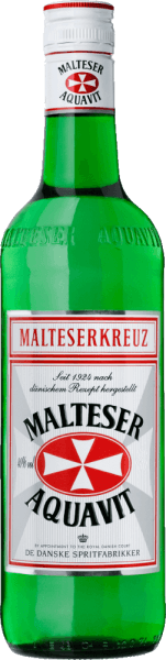 """Het oorspronkelijke Deense recept van Malteserkreuz Aquavit is sinds 1924 ongewijzigd gebleven. Het geheim van deze elegante klassieker schuilt vandaag, net als toen, in het exclusieve gebruik van extra fijn gefilterde alcohol en de geselecteerde kruiden. Vooral komijn en dille kenmerken de smaak. In de afdronk zijn subtiele tonen van citrusvruchten waarneembaar. Geschiedenis van het Malteserkreuz Aquavit Vandaag heeft het Malteserkreuz Aquavit meer vrienden dan ooit en wordt het beschouwd als het nr.1 aquavit in Duitsland. Toen Malteserkreuz Aquavit halverwege de jaren twintig in Berlijn werd gelanceerd, bloeide het leven in de hoofdstad. De naweeën van de oorlog en de inflatie waren duidelijk aan het wegebben en de mensen stortten zich op alles wat plezier en genot beloofde. Het was de bloeiperiode van de metropool Berlijn in de """"roaring twenties"""". Het was de tijd waarin de mensen de shimmy dansten, de vrouwen een pikante bob droegen en men zichzelf eindelijk weer met een gerust geweten op iets plezierigs kon trakteren. De eerste flessen Maltese Cross Aquavit gingen naar de prestigieuze hotels Eden en Adlon in Berlijn. In die tijd werden de flessen nog met de hand geëtiketteerd, verpakt in witte wikkelzijde en netjes opgeborgen in houten kratten. Serveeradvies voor de Malteserkreuz Aquavit Geniet van het Malterserkreuz Aquavit puur of als """"Vikingset"""", samen met een koel biertje bij visgerechten."""