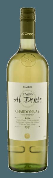 De Chardonnay van Al Dente schittert in een helder geel in het glas. De neus wordt gestreeld door de aroma's van verse appels en een delicate houttoets. Deze expressieve en lichte Chardonnay uit Italië eindigt met delicate nuances die doen denken aan honing. Spijs aanbeveling voor de Al Dente Chardonnay Geniet van deze halfdroge wijn bij vis en gevogelte of zomerse salades.