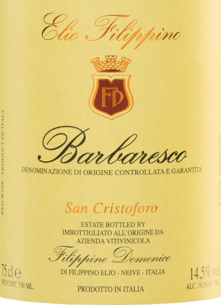 The San Cristoforo Barbaresco DOCG from Elio Filippino shimmers in a strong garnet red with orange highlights in the glass. This pure red wine reveals expressive aromas of ripe raspberries and juicy grapes - accompanied by fine hints of dark chocolate and liquorice. On the palate, this Italian wine presents itself with an impressive elegance, supported by a powerful body. The tannins are perfectly integrated and accompany the long lasting finish. Vinification of Elio Filippino San Cristoforo Barbaresco The Nebbiolo grapes are carefully harvested by hand. The grapes are then carefully selected and crushed in Elio Filippino's cellar. The resulting mash is fermented in large wooden barrels at a controlled temperature. This wine then matures for a total of 24 months in large Slavonian oak barrels. Food recommendation for Barbaresco Elio Filippino San Cristoforo Enjoy this dry red wine from Italy with stuffed pasta in a strong sauce, with roast beef with onions or with mature, creamy cheeses such as blue cheese.