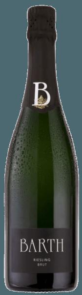 De Barth Riesling brut psr van het wijn- en mousserende wijngoed Barth streelt de neus met de heerlijke aroma's van sappige perzik, rijpe abrikoos en verfrissende ananas. Kenmerkend voor deze mousserende wijn is de Rieslingtoets, waardoor hij verfrissend en fruitig smaakt. Vinificatie voor de Wein- und Sektgut Barth Riesling brut Alleen volledig rijpe en handgeplukte Riesling druiven worden gebruikt voor deze single-varietal mousserende wijn. Deze worden voorzichtig geperst als hele druiven en vergist volgens de traditionele flessenmethode. Deze mousserende wijn rijpt 2 jaar op zijn droesem en wordt regelmatig met de hand geschud. Spijsadvies voor de Wein- und Sektgut Barth Riesling brut Geniet van deze Riesling mousserende wijn als aperitief, bij zomerse salades of crostini met een crème van artisjok en citroen.