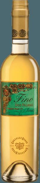 DeDos Palmas Fino van Gonzalez Byass is een single-vineyard, zachte sherry uit de Spaanse wijnbouwstreek DO Jerez. In het glas heeft deze wijn een heldere groen-gouden kleur met lichtgouden accenten. Het bouquet van de variëteit streelt de neus met expressieve, intense aroma's van noten (vooral hazelnoten en amandelen), versgebakken brioche en fijne eiken kruidigheid. In de mond overtuigt deze sherry met een kruidig-nootachtig aroma, delicaat smelten en de karakteristieke bittere noot van een gerijpte Fino. De zachte textuur omhult de krachtige body en begeleidt in de aangenaam lange afdronk. Vinificatie van deGonzalez Byass Dos Palmas Fino Na de zorgvuldige oogst van de Palomino Fino druiven in september, worden de druiven voorzichtig gekneusd in de wijnkelder van Gonzalez Byass. Deze sherry, die bij lage temperaturen wordt vergist, wordt vervolgens versterkt tot 15,5 volumeprocent en in soleras van Tio Pepe gedaan. Deze sherry rijpt 8 jaar in Amerikaanse eiken vaten en wordt na deze rijpingstijd ongefilterd en onopgesmukt met de hand op de fles afgevuld. Aanbevolen voedsel voor de Dos Palmas Byass Fino Deze droge sherry is een prachtige solist, die zijn aroma's goed tot hun recht laat komen in een klein wijnglas. Of serveer deze wijn bij klein wild of visgerechten in een romige saus. Onderscheidingen voor de Fino Dos Palmas Gonzalez Byass Robert M. Parker - Wine Advocate: 93 punten Wine Spectator: 90 punten (toegekend december 2017)