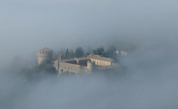 Castello della Sala morning fogs