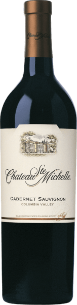 The grapes for the Cabernet Sauvignon from Chateau Ste. Michelle grow in the American Columbia Valley wine-growing region. In the glass this wine shines in a rich cherry red with purple highlights. The fruity bouquet spoils the nose with intense aromas of black currant, juicy blackberries and ripe cherries - underlaid with notes of dark spices, vanilla and filigree nuances of oak wood. On the palate this American red wine is juicy and powerful with a concentrated fruit. The silky tannins are very well integrated into the body and harmonize wonderfully with the soft fullness. The long finish offers fine fruit sweetness and spicy hints of liquorice. Vinification of Ste. Michelle Cabernet Sauvignon This intense red wine from Washington State in the USA is vinified from 87% Cabernet Sauvignon and 6% Merlot, 4% Syrah, 1% Malbec, 1% Cabernet Franc, 1% Petit Verdot. The ripe harvested grapes are destemmed and mixed with different yeast cultures, which maximizes the complexity of the future wine. During fermentation, the skinned cap is gently pumped under, extracting colour, aromas and soft, gentle tannins. The wine then matures for 16 months in American and French oak barrels, 32% of which are new. Food recommendation for the Cabernet Sauvignon Chateau Ste. Michelle This inviting Cabernet Sauvignon from North America is a perfect accompaniment to blue cheese, pasta, beef and veal, for example seasoned with rosemary, paprika, thyme and accompanied by a fine moutarde.