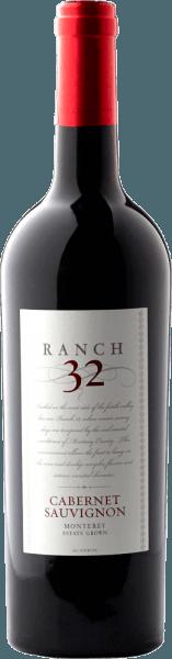 De Ranch 32 Cabernet Sauvignon van Scheid Vineyards presenteert zich in een krachtig donkerrood. Zowel in de neus als in de mond komen expressieve aroma's van bessenfruit tot uiting - te beginnen met bramen, bosbessen, aalbessen tot aan boysenbessen. De tannines zijn perfect geïntegreerd in de structuur van de Californische rode wijn. Het harmonieuze samenspel van de smaken en de tannines accentueren vakkundig de complexiteit van de lange afdronk. Spijs aanbeveling voor de Scheid Vineyards Ranch 32 Cabernet Sauvignon Deze rode wijn uit Californië past uitstekend bij gemarineerde vijgen met gekarameliseerde geitenkaas, caponata en gestoofde lamsbout met rozemarijnaardappeltjes. Onderscheidingen voor de Ranch 32 Cabernet Sauvignon Winemaker Challenge: 91 punten & Goud voor 2014 San Francisco Chronicle Wijnwedstrijd: Goud voor 2014
