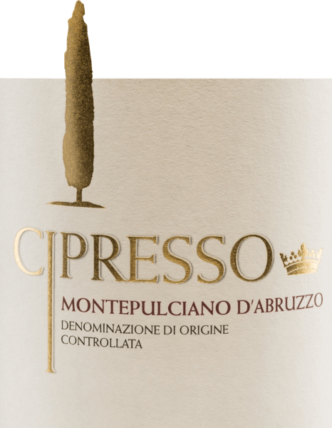 De Montepulciano d'Abruzzo van Cipresso straalt een levendig robijnrood in het glas. Deze rode wijn wordt gekenmerkt door een directe, uitnodigende neus met tonen van specerijen en wilde bessen (wilde aardbeien, bosbessen) en een hint van zure kersenaroma. Zacht, harmonieus en hartelijk, nestelt deze Italiaanse wijn zich in de mond met rijpe, evenwichtige tannines, wat leidt tot een lange, aangename afdronk. Vinificatie van de Cipresso Montepulciano d'Abruzzo De met de hand geplukte, volledig rijpe druiven van de Cipresso wijngaard worden eerst ontsteeld, gekneusd en de resulterende most wordt gefermenteerd in roestvrijstalen tanks onder temperatuurcontrole. De most wordt vervolgens geperst en deze wijn rijpt enige tijd in tanks. Aanbevolen voedsel voor de Montepulciano d'Abruzzo Cipresso Deze droge rode wijn uit Italië past uitstekend bij rijke, weelderige hors d'oeuvres (antipasti en tappas), rood vlees en wild, en hartige kazen.