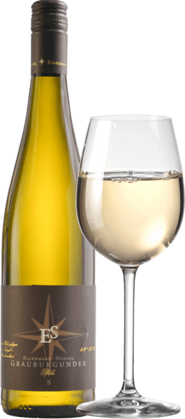 De Pinot Gris uit Ellermann-Spiegel in de Pfalz betovert in het glas met een stralende lichtgele kleur. De eerste indruk op de neus is uitzonderlijk fruitig. Veel rijpe peer, sappige mirabel, exotische passievrucht en ander tropisch fruit komen in gedachten. De aroma's gaan verder met bloemig-kruiden toetsen van een zomerse weide. In de mond is de Pinot Gris Estate Wine uit de Pfalz van Ellermann-Spiegel niet minder indrukwekkend, sappig en fris. In de afdronk opnieuw veel fruit, gekoppeld aan een fris en vitaal zuurtje en een quaffable smelt. Slokje voor slokje puur genot. Geweldig Vinificatie van de Ellermann-Spiegel Pinot Gris Frank Spiegel vinifieerde het grootste deel van zijn Pinot Gris estate wijn in roestvrijstalen tanks om de fruitigheid van de druivensoort naar boven te halen. Bovendien werd 10% gerijpt in barrique vaten om deze Pinot Gris een bijzonder fluweelzacht en bovendien kruidig aroma te geven. Spijsadvies en proeftip voor de Pinot Gris van Frank Spiegel Geniet het best van deze heerlijke witte wijn uit de Pfalz bij zeevruchten en vis, bij een Wiener Schnitzel, bij karbonades met salie of gewoon solo op het terras of balkon.