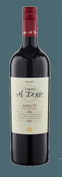 De Merlot van Al Dente toont zich in het glas in een prachtig rood met de intense aroma's van donkere bessen, kersen en cassis. Dit bouquet gaat vergezeld van kruidige kruiden. Deze single-varietal Merlot uit Italië is krachtig en harmonieus in de mond met een goede structuur. Spijs aanbeveling voor de Al Dente Merlot Geniet van deze halfdroge rode wijn bij de klassiekers van de Italiaanse keuken: antipasti, pasta en pizza of bij alle soorten vleesgerechten.