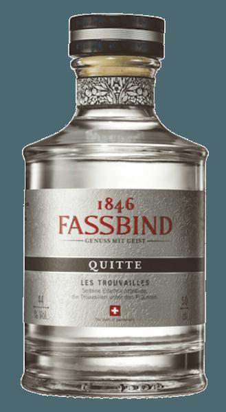 De Quitte Les Trouvailles presenteert zich harmonieus met een intense noot van kweepeer. In de mond is deze fruitbrandewijn uit Zwitserland fruitig met subtiele tonen van citrusvruchten en honing. Langdurige aroma's van kweepeer staan op de voorgrond. Productie van de Quitte Les Trouvailles De rijpe kweeperen voor dit distillaat worden niet gemacereerd maar gefermenteerd. Na de distillatie wordt de vruchtenbrandewijn gedurende 6 maanden opgeslagen. Serveersuggesties voor de Quitte Les Trouvailles Geniet van deze vruchtenbrandewijn puur, bijvoorbeeld als digestief.