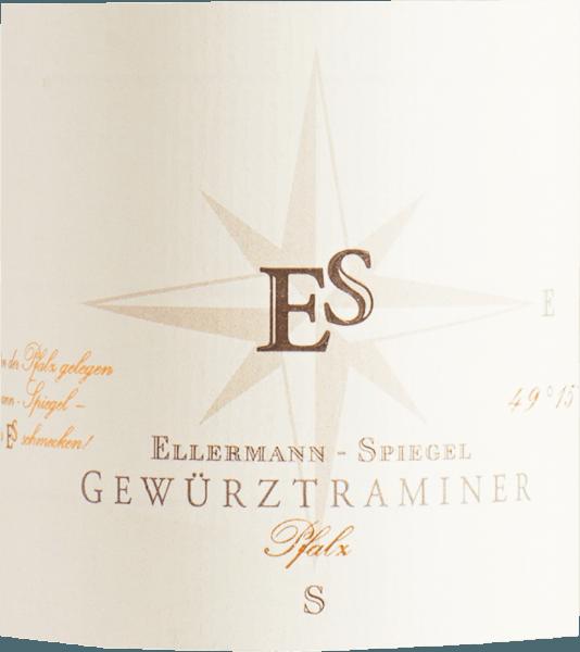 De Gewürztraminer van Ellermann - Spiegel schittert diepgeel met lichtgroene reflecties. In de neus is er een verleidelijke geur van lychee, rozen, vlierbes en limoenschil, typisch voor de variëteit. In de mond is de witte wijn van Ellermann - Spiegel sappig en zacht. De harmonie in deze wijn komt met de juiste hoeveelheid restzoetheid en smeltend. Een wijn die echt leuk is om te drinken. Spijsadvies voor de Traminer uit de Pfalz van het wijnhuis Ellermann en Spiegel Geniet van deze Gewürztraminer bij gerijpte zachte kaas, maar ook bij zeevruchten en schaaldieren en Aziatische vleesgerechten.