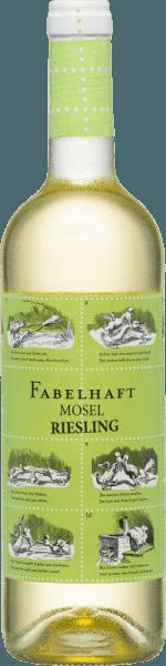 DeFabelhaft Riesling Mosel van Fio Weine is een heerlijk fruitig-frisse Riesling gevinifieerd door de drie wijnmakersDaniel Knöpfel, Dirk van der Niepoort en Philipp Kettern in de Pfalz. In het glas schittert deze wijn in een schitterend lichtgeel met groenige reflecties. Het aromatische bouquet onthult frisse aroma's van rijpe appels en sappige perziken. Ook in de mond zetten de typische Riesling-aroma's zich harmonieus voort. Deze Duitse witte wijn overtuigt door zijn prachtige evenwicht tussen de goed geïntegreerde zuurgraad en de fijne zoetheid. De afdronk komt opnieuw met een fruitige verscheidenheid aan aroma's en een gemiddelde lengte. Spijsadvies voor deFio Weine Fabelhaft Riesling Mosel Geniet van deze droge witte wijn uit Duitsland bij knapperige salades met kalkoenfiletreepjes. Maar ook solo op het balkon of terras is deze wijn een waar genot.