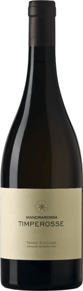 DeMandrarossa Timperosse verschijnt in het glas in een diep donkerrood met violette reflecties en ontvouwt zijn prachtige bouquet van rijp rood fruit, zoals kersen. Deze aroma's gaan vergezeld van sappige gele appels, pruimen en moerbeien met hints van rozemarijn en salie. In de mond is deze rode wijn uit Sicilië elegant met tonen van donkere bessen en specerijen en is intens met zijn rijke, gepolijste tannines. Vinificatie van de MandrarossaTimperosse De wijnstokken groeien op rode zandgronden die worden gekenmerkt door een droog klimaat. De vlakke, op het zuiden gelegen wijngaarden, waaraan deze wijn zijn naam dankt, liggen in Timperosse, Menfi bij Agrigento. Na een maceratie van 4-6 dagen bij 15-18° Celsius rijpt deze wijn van het druivenras Petit Verdot 3 maanden bij gecontroleerde temperatuur in roestvrijstalen tanks en vervolgens nog eens 4 maanden in de fles. Aanbevolen voedsel voor de Mandrarossa Timperosse Geniet van deze droge rode wijn bij gestoofd vlees en wild, hartig geroosterde vis en gevogelte of bij belegen kazen. Onderscheidingen voor de Mandrarossa Timperosse Gambero Rosso:3 rode glazen