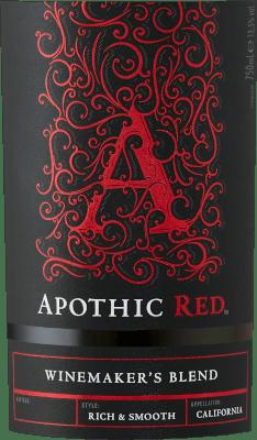 Het doel van de wijnmakers achter Apothic Wines is om wijnen met karakter te creëren, die tegelijkertijd een brede massa aanspreken. Voor dit doel baseert wijnbouwer Debbie Juergenson zich op de eigenaardigheden van de afzonderlijke druivensoorten, die in de Apothische wijnen zijn opgenomen. Zo hebben zij vandaag de buitengewone cuvées Apothic Red en Dark gecreëerd, de ene fruitig, de andere eerder wrang. De gotische charme van de etiketten, die zinspeelt op de donkere, mysterieuze Middeleeuwen, geeft de wijnen een ander uniek verkoopargument. Een ideale metgezel voor een historische avond of de volgende enge film! De Apothic Red van Apothic Wines uit Californië biedt een heldere, karmozijnrode kleur in het gewervelde glas. Deze rode wijn uit de VS wordt in een rood wijnglas geschonken en biedt heerlijk geurende aroma's van zwarte kersen, moerbeien, pruimen en bosbessen, afgerond met kaneel, vanille en oosterse specerijen. De Apothic Wines Apothic Red toont ons een ongelooflijk fruitig gehemelte, wat niet zonder reden is vanwege het smaakprofiel van de restzoetheid. Op de tong wordt deze evenwichtige rode wijn gekenmerkt door een ongelooflijk dichte textuur. Dankzij de evenwichtige fruitzuren flatteert de Apothic Red het gehemelte met een fluweelzacht gevoel zonder daarbij aan frisheid in te boeten. De finale van deze jeugdige rode wijn uit het wijngebied van Californië overtuigt uiteindelijk met een goede nagalm. Vinificatie van de Apothic Wines Apothic Red De evenwichtige Apothic Red uit de VS is een cuvée, gemaakt van de druivensoorten Cabernet Sauvignon, Merlot, Primitivo en Shiraz. Na de handmatige oogst worden de druiven onmiddellijk naar de wijnmakerij gebracht. Hier worden ze geselecteerd en zorgvuldig uit elkaar gehaald. De gisting volgt in roestvrijstalen tanks bij gecontroleerde temperaturen. Zodra de gisting is voltooid, kan de Apothic Red nog enkele maanden op de fijne droesem harmoniseren. Aanbevolen voedsel voor Apothic Wines Apothic Red Deze Amerikaa