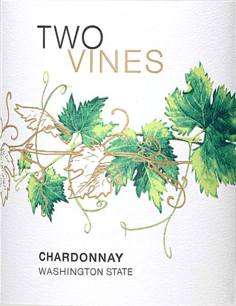 De Two Vines Chardonnay van Columbia Crest is een frisse, Amerikaanse witte wijn die wordt gevinifieerd zonder enig houtcontact. Deze cuvée combineert de druivenrassen Chardonnay (90%), Semillon (5%) en Sauvignon Blanc (5%). In het glas glinstert deze wijn in een delicate gouden tint met groenige accenten. Het frisse bouquet wordt gedomineerd door aroma's van een weideboomgaard - tonen van sappige appels, rijpe peer en zomerse bloesems ontvouwen zich. In de mond overtuigt deze witte wijn met een heerlijke frisheid en een volle, aromatische fruitigheid. De sappige zuurgraad is goed geïntegreerd in de knisperende body en begeleidt in de lange afdronk. Spijs aanbeveling voor de Columbia Crest Chardonnay Two Vines Geniet van deze droge witte wijn uit Amerika goed gekoeld als een welkom aperitief of gewoon solo. Maar deze wijn is ook een genot bij verse vis en zeevruchten, pasta in lichte sauzen.
