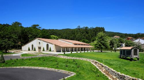 The Spanish winery Lagar de Cervera in Rias Baixas