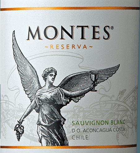 DeSauvignon Blanc Reserva van Montes valt op door zijn heldergele kleur en groenige accenten.Een uiterst intens en fris bouquet van sappige kruisbessen, mirabellen en citrusvruchten - zoals limoen en grapefruit - bekoort de neus. Tonen van verse kruiden, gras en witte zomerbloesem maken de aroma's in de neus compleet. Ook in de mond zit deze Chileense witte wijn vol sappige smaken van kruisbessen met friszure citrus nuances. Daarnaast licht tropische hints van perzik en passievrucht. Deze witte wijn heeft een sappig, fruitig, aromatisch karakter dat perfect wordt afgerond door de levendige zuurgraad. Vinificatie van de Montes Reserva Sauvignon Blanc De Sauvignon Blanc druiven worden geoogst in de vroege koele ochtenduren. De druiven worden onmiddellijk naar de wijnmakerij gebracht. De druiven worden voorzichtig geperst en bij lage temperaturen vergist in roestvrijstalen tanks. Deze Chileense witte wijn wordt uitsluitend in roestvrijstalen tanks gerijpt. Zo behoudt deze wijn zijn prachtige fruit, levendige zuurgraad en aroma. Spijs aanbeveling voor de Montes Sauvignon Blanc Reserva Serveer deze droge witte wijn uit de Valle de Aconcagua als verfrissend aperitief of bijgroene salades en Cesar Salade,sushi,ceviche, gegrilde krab met knoflook, kip met limoen en verse pasta met lentegroenten.