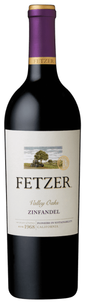 The Zinfandel Valley Oaks from the Fetzer Winery exudes elegant fruit aromas of red berry fruits such as raspberries, cranberries and strawberries. These ones are underlined by fine nut aromas and black pepper. On the palate this Californian red wine is full-bodied, dense and powerful with velvety tannins and a spicy finish. Food recommendation for the Zinfandel Valley Oaks Enjoy this dry red wine with stewed meat and venison, strong roasted poultry or with matured cheese.