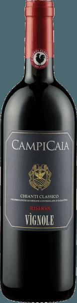 De Chianti Classico Riserva DOCG van Tenuta di Vignole verschijnt in het glas in een donkere robijnrode kleur met de aroma's van donkere bessen, pruimen en zwarte kersen. Deze fruitaroma's gaan vergezeld van de kruidige nuances van mokka en kaneel. Deze rode wijn is vol in de mond en de elegante, licht rokerige afdronk laat je verlangen naar meer. Vinificatie voor de Chianti Classico Riserva DOCG van Tenuta di Vignole Deze cuvée is gemaakt van met de hand geplukte en zorgvuldig geselecteerde druiven van de rassen Sangiovese en Cabernet Sauvignon. De druiven worden op de schillen gemacereerd en apart vergist in betonnen vaten. De malolactische gisting en de rijping gedurende 20 maanden vonden plaats in barrique vaten. Na de assemblage van de wijnen rijpte de Chianti Classico Riserva nog eens 6 maanden in de fles. Spijsadvies voor de Chianti Classico Riserva DOCG van Tenuta di Vignole Geniet van deze droge rode wijn bij krachtige gerechten met varkens- en rundvlees, gebraad in donkere sauzen, gegrild vlees of bij lamsvlees en wild.