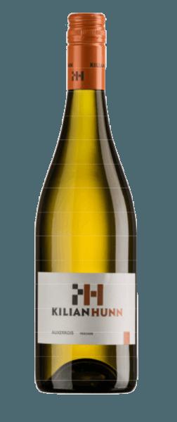 De Auxerrois van Kilian Hunn presenteert zich in het glas in een helder geel met groene reflecties. Het delicate bouquet ontvouwt zich met aroma's van appels, kweeperen en subtiele nootachtige hints. In de mond is deze witte wijn zacht met een opwekkende zuurgraad. Heerlijke smaken van appels en peren openbaren zich. Deze Auxerrois bekoort door zijn finesse en elegantie. Vinificatie van de Kilian Hunn Auxerrois De druiven voor deze Auxerrois Baden werden geoogst in de koele ochtenduren en vervolgens vergist onder temperatuurcontrole. De wijn werd deels in houten vaten en deels in roestvrijstalen tanks op de fijne droesem opgeslagen. Aanbevolen voedsel voor de Kilian Hunn Auxerrois Geniet van deze droge witte wijn bij voorgerechten en groenten, vis en zeevruchten en pasta.
