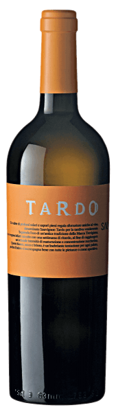 The straw yellow color of the TARDO Sauvignon IGT Marca Trevigiana by Villa Sandi shines with golden reflections. Distinctive notes of tropical fruits with pleasant green notes characterize the fragrance profile. On the palate it looks crisp, fresh and slightly sparkling with a lively green aroma after kiwi and fresh grass. Well balanced, it flows into a tasty finish with vegetal and fruity nuances.