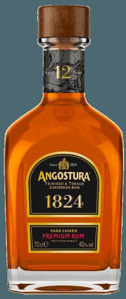 Deze amberkleurige rum is een samenstelling van de beste rums die twaalf jaar rijpen. De Angostura 1824 12 Years old Rum van Angostura Rum schittert met verleidelijke aroma's van kruiden, specerijen, chocolade, vruchten en honing, die terug te vinden zijn in de langdurige afdronk. Hij is zijdezacht en door zijn meervoudige onderscheidingen een melange voor veeleisende fijnproevers.