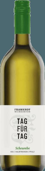 Tag für Tag Scheurebe halbtrocken 1,0 l 2020 - Frankhof Weinkontor