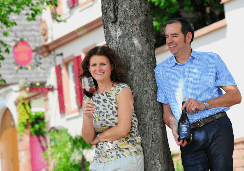 The winegrower Thorsten Krieger with his wife