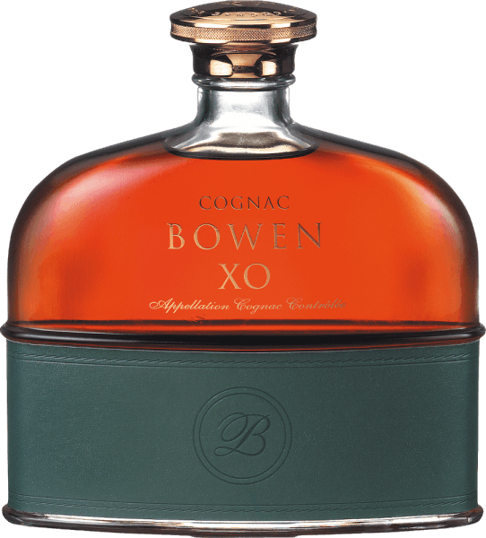 From the grape varieties Ugni Blanc (80%), Colombard (15%) and Folle Blanche (5%) the sensual, soft Cognac XO from Cognac Bowen is distilled. A dark amber shimmers in the glass with orange-red highlights. The rich, deep bouquet reveals wonderful floral aromas - from violets to iris and wisteria. This is joined by fruity notes of juicy apricot and prunes with subtle spicy hints. Very smooth and at the same time with powerful body and soft fullness, this French brandy presents itself to the palate. The aromas of the nose are also reflected and are complemented by dried fruits. The finish seduces with wonderful length and fine spice. Vinification of Cognac Bowen XO The grapes for this cognac are harvested very early and fermented to an acidic white wine. The acidity protects against oxidation, as cognac is not sulphurised. This base wine is now distilled twice in the copper kettle according to the traditional charentaiser distillation process. Wooden barrels from Limousin oak are chosen for the maturation. This cognac matures in these barrels for at least 18 to 20 years. Serving recommendation for the Bowen Cognac XO You should enjoy this brandy from France only pure.