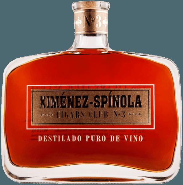 """De Cigars Club No. 3 van Ximénez-Spinola verschijnt in het glas in een kastanjebruine kleur met gouden reflecties. Aanwezige en duidelijke aroma's van rozijnen met een aanhoudende aromatische intensiteit ontvouwen zich. Deze brandewijn, die in Amerikaanse eikenhouten vaten is gerijpt, heeft een merkbaar sterke en ronde houttoets. Sigarenaanbeveling voor de Cigars Club No. 3 van Ximénez-Spinola Bolivar Belicosos Finos Bolivar Royal Coronas Bolibar Peti Coronas Bolivar Tubos Nº1 Cohiba Línea Behike Cohiba Línea Clásica Cohiba Maduro 5 Cuaba Salomón Cuaba Diademas Cuaba Divinos Cuaba Generos Cuaba Tradicionales José L. Piedra Conservas José L. Piedra Cazadores José L. Piedra Petit Cazadores José L. Piedra Cremas José L. Piedra Petit Cetros Montecristo Nº1 / Nº2 / Nº3 / Nº4 / Nº5 Montecristo Edmundo / Petit Edmundo Montecristo Dubbele Edmundo Montecristo Petit Nº2 Montecristo Master Montecristo """"A Montecristo Regata Montecristo Tubos / Petit Tubos Montecristo Especial Montecristo Especiales Nº2 Montecristo Junior Montecristo Joyitas Partagás (En Todas Sus Vitolas) Ramón Allones Speciaal geselecteerd Ramón Allones Kleine Club Corona's Vegueros (En Todas Sus Vitolas)"""