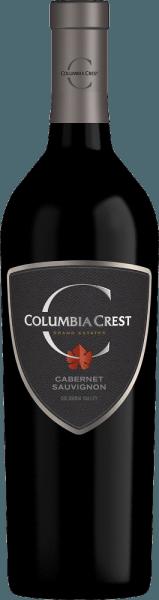 Columbia Crest'sGrand Estates Cabernet Sauvignon is een krachtige Amerikaanse rode wijn blend van Cabernet Sauvignon (81%), Merlot (15%), Syrah (2%) en andere complementaire rode variëteiten. In het glas schittert deze wijn in een dicht robijnrood met paarse accenten. Fruitig, deze Amerikaanse rode wijn streelt de neus. Aroma's van sappige kersen en zwarte bessen openbaren zich - onderstreept met fijne kruidige tonen. Zeer vol, zacht en krachtig tegelijk, het gehemelte is overtuigd. Het donkere bessenfruit wordt vergezeld door hints van fijne chocolade. De zijdezachte tanninestructuur is prachtig verweven in de body en begeleidt in de lange, fijne kruidige afdronk. Vinificatie van de Columbia Crest Cabernet Sauvignon Grand Estates De druiven worden in oktober met de hand geoogst in het wijnbouwgebied van de staat Washington. Zodra de druiven in de wijnmakerij zijn aangekomen, wordt 75% van de bessen gekneusd - de overige 25% blijft heel. Het beslag wordt per druivensoort gescheiden en gedurende 7 tot 14 dagen op de druivenschillen gefermenteerd. Zodra het gistingsproces is voltooid, worden de druiven van de Grand Estates Cabernet Sauvignon gemengd. De malolactische gisting van deze rode wijn vindt plaats in roestvrijstalen tanks en in houten vaten. Tenslotte rijpt deze wijn gedurende 10 maanden in eiken vaten. Spijs aanbeveling voor de Cabernet Sauvignon Columbia Crest Grand Estates Geniet van deze droge rode wijn uit de VS bij geroosterde lamszadel met knapperige groenten, steaks vers van de grill, of bij gerechten met paddenstoelen.