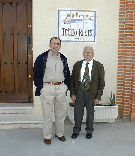 Son Juan Jose with his father Teofilo Reyes